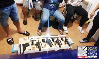 Arestado ang 4 na pulis na umano'y protector ng isang drug trafficker sa pagsalakay sa hinihinalang cladestine shabu laboratory sa Subic Bay freeport zone sa Zambales ngayong Biyernes.