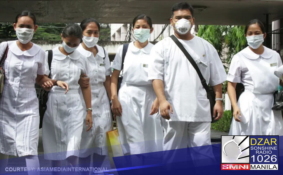 Nasa tatlo mula sa apat na Pilipinong nurses ang payag na mabakunahan laban sa COVID-19.