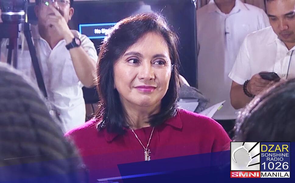 Nanawagan ang Malakanyang kay Vice President Leni Robredo na isantabi muna ang pulitika ngayong panahon ng pandemya.
