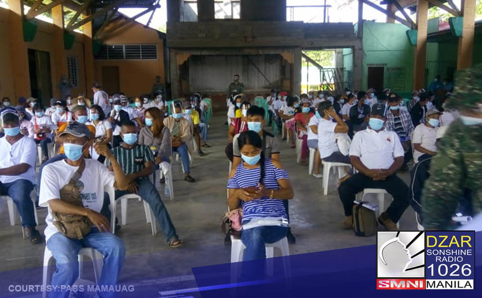 Muling bumalik sa gobyerno ang 100 miyembro ng grupong Anakpawis at 50 dating rebeldeng New People's Army sa Cagayan.