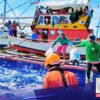 """Nagpapatuloy ang pagsasagawa ng """"Bayanihan Sa Karagatan"""" ng Philippine Coast Guard (PCG) para makatulong sa mga Pilipinong mangingisda"""
