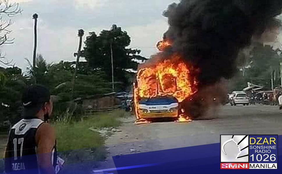 Patay ang tatlong indibidwal at 4 na iba ang sugatan matapos atakehin at silaban ang isang bus sa M'lang, Cotabato.