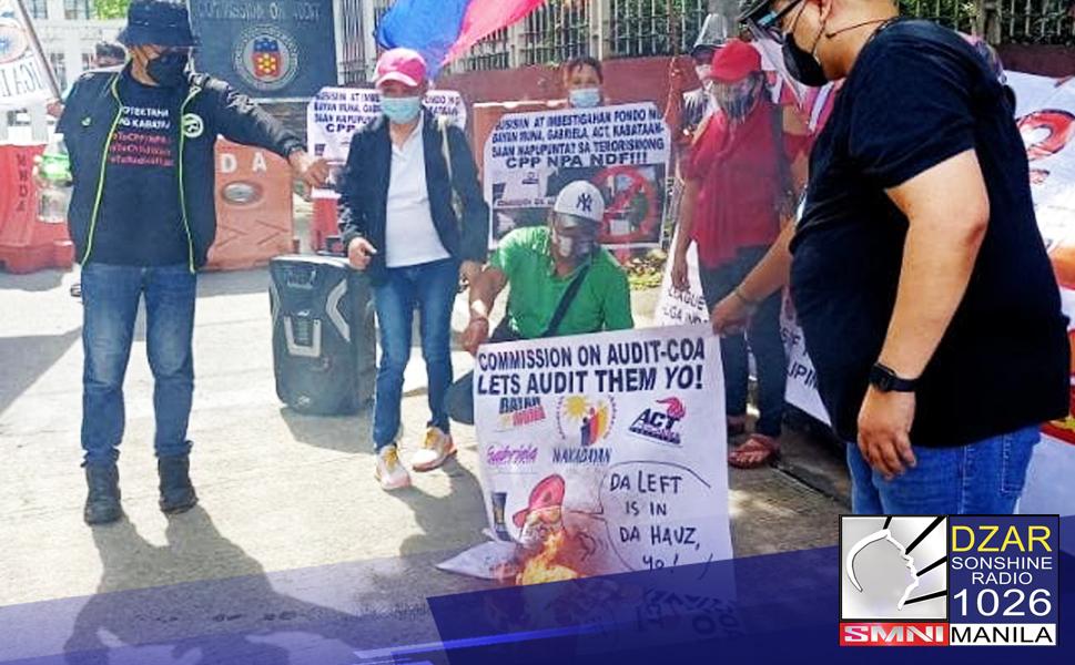 Nagsagawa ng rally ngayong araw sa harap ng tanggapan ng Commission On Audit (COA) ang mga anti-communist group