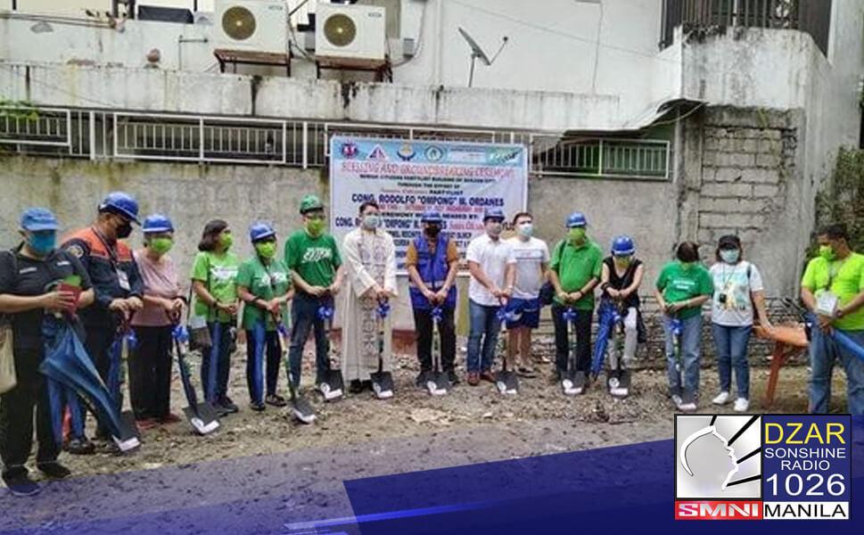 Nagsagawa ng groundbreaking ceremony ang Senior Citizen Partylist para sa itatayong multi-purpose building sa Project 6, Quezon City.
